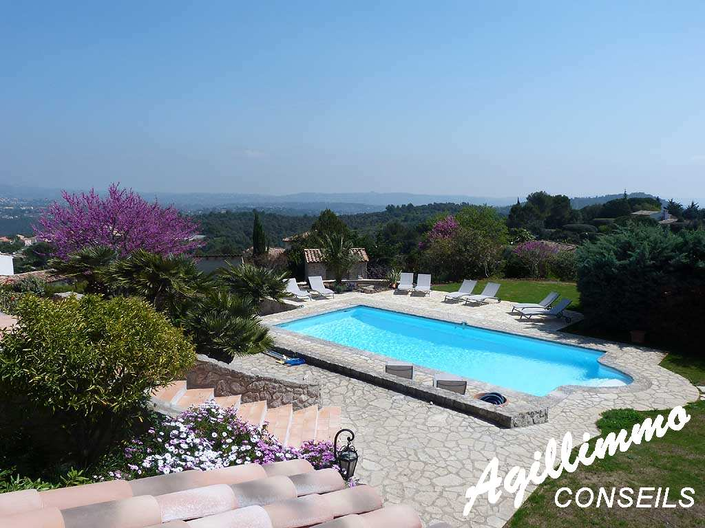 Wonderful stone property with sea view  - 06530  South of France