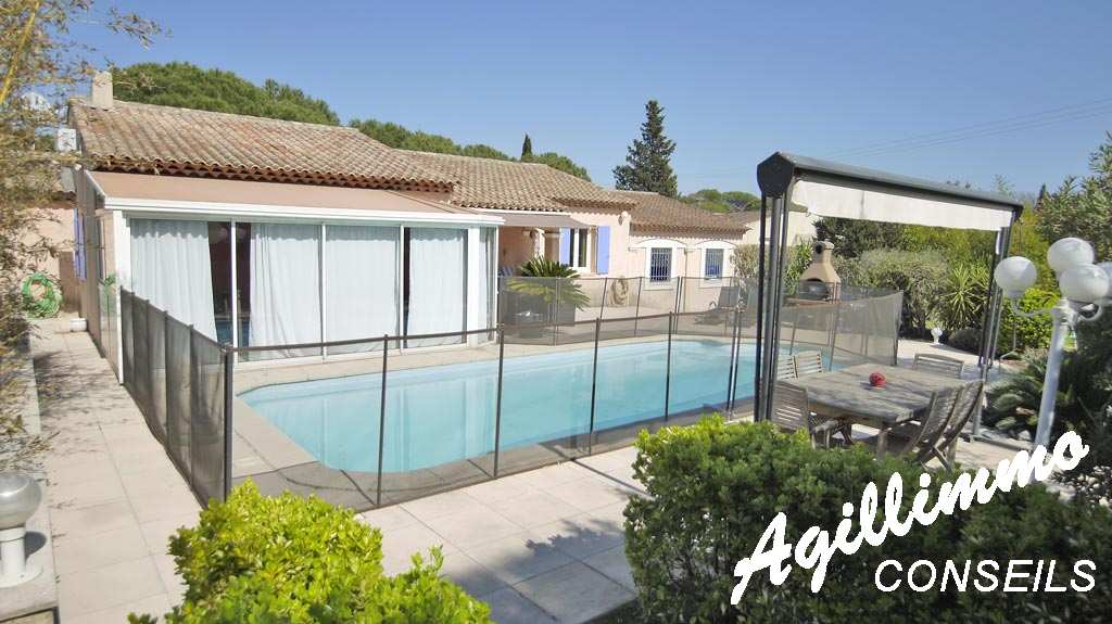 property 6 rooms at storey large land and swimming pool  - PUGET SUR ARGENS