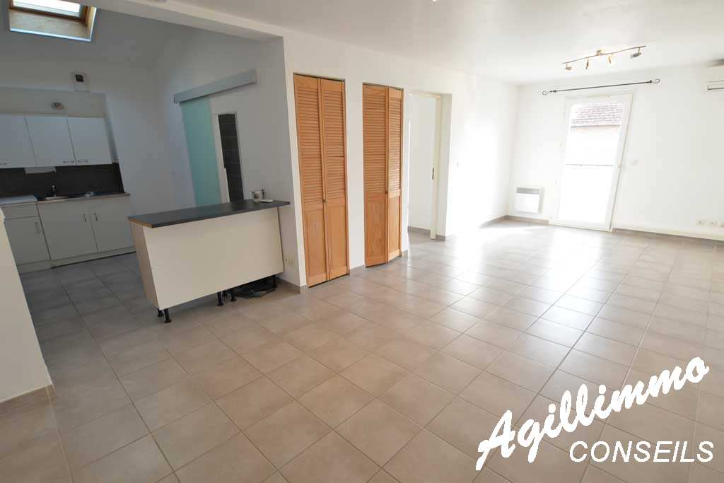 NEGOCIABLE 2 Rooms at 49 m2 quasiment new  - PUGET SUR ARGENS