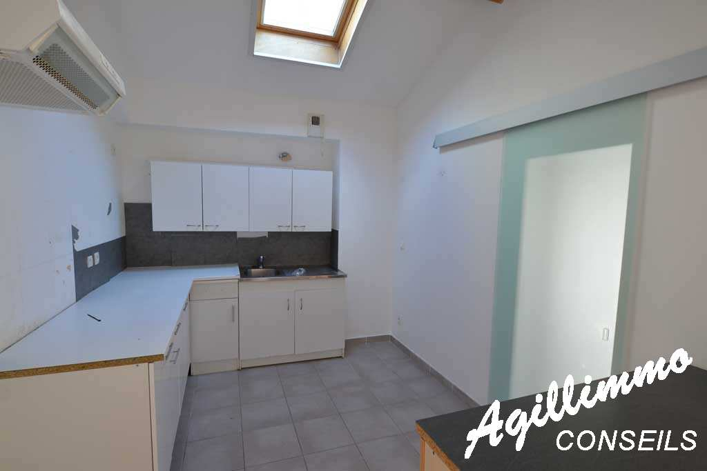 NEGOCIABLE 2 Rooms at 49 m2 quasiment new  - PUGET SUR ARGENS - France