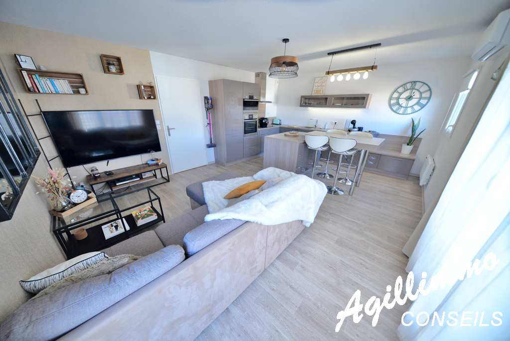 Apartment 2 rooms in residence recent with garage  - PUGET SUR ARGENS