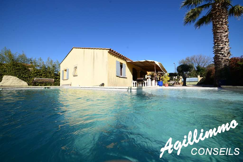 High tide foot house of 6 rooms with swimming pool on a land of 1000 m2 - French Riviera