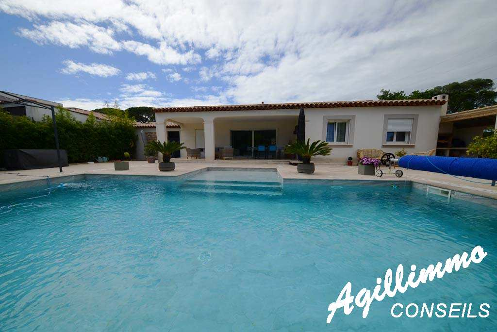 property 5 rooms at plain-pied with swimming pool - French Riviera